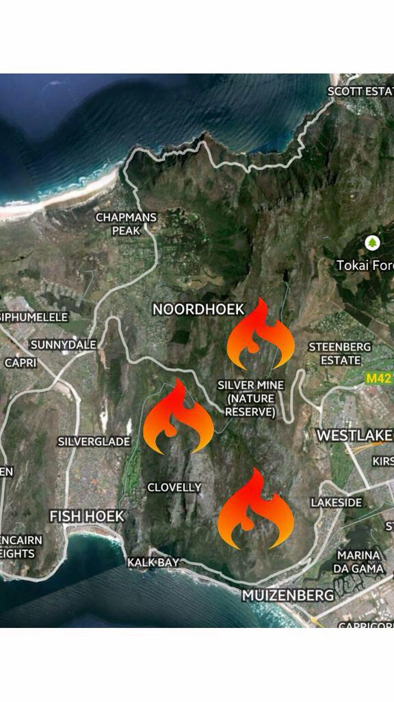 Fire Rages in Cape Town's Deep South